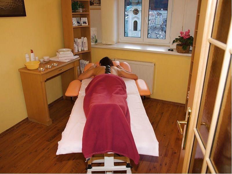 Roco moric taut massage